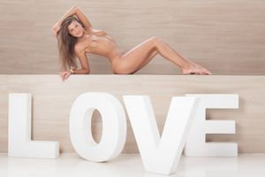 Melena - Love [x124]-36wwdqe31y.jpg