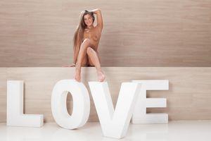 Melena - Love [x124]-66wwdq6bab.jpg