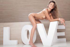 Melena - Love [x124]-j6wwdrdum3.jpg