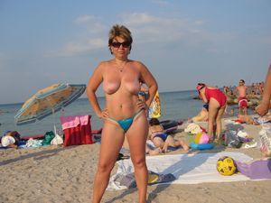 Mature1. Beach in Romania on the Black Seam6xcgpkk4x.jpg