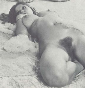 Vintage-Roberta-Pedon-l6xo5c9tla.jpg