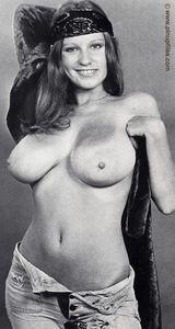 Vintage-Roberta-Pedon-e6xo5e90ws.jpg