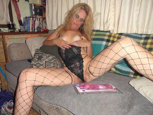GILF-In-Black-Fishnet-Stockings-x28-p6xvwneqqe.jpg