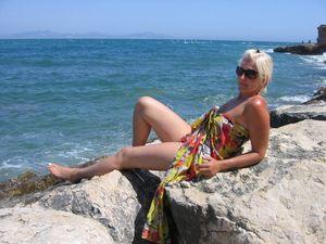 Wife-on-vacation-x159-d7aiukqsw4.jpg